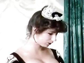 German Antique - Liebestolle Nichten (sexy Not Sisters)