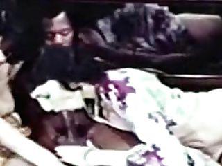 Vanessa Del Rio & Marlene Willoughby Share A Black Manmeat